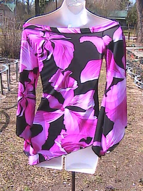Tempted Top Pink Floral Image 4