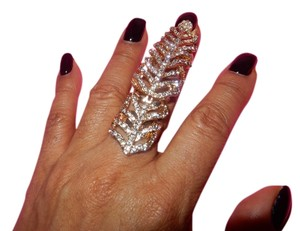 RHINESTONE KNUCKLE TO KNUCKLE RING
