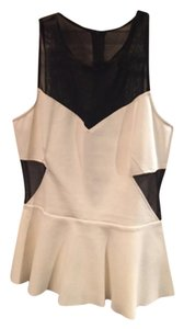 INTERMIX Top Black & white