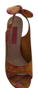 Betsey Johnson Yellow & Pink Wedges