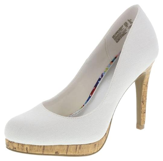 Preload https://img-static.tradesy.com/item/12899218/fioni-white-laguna-cork-pump-platforms-size-us-9-regular-m-b-0-2-540-540.jpg