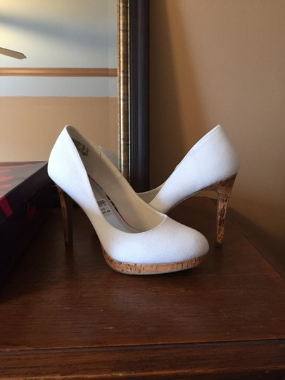 Fioni White Platforms