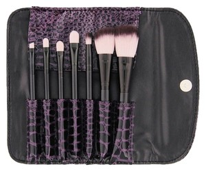 BH Cosmetics BH Cosmetics FAUX CROC 7-PIECE BRUSH SET High Quality Free Shipping