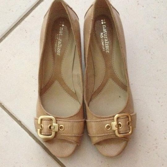 Naturalizer Nude Wedges