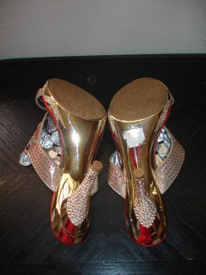 Red Silver Sandals Size US 7.5 Regular (M, B)
