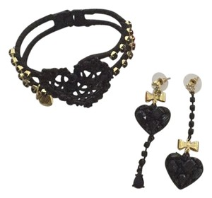 Betsey Johnson Black Betsey Johnson Heart Bracelet and Matching Earings