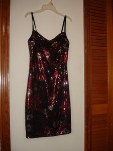 Red Black Silver Sequin Stretch Party Modern Bridesmaid/Mob Dress Size 8 (M)