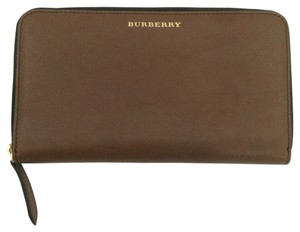 Burberry BURBERRY RENFREW TRAVEL WALLET