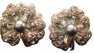Replica Collection Shamrock Rhinestone Earrnings Clip On Formal