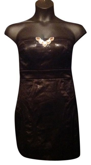 Preload https://item1.tradesy.com/images/black-above-knee-night-out-dress-size-10-m-12911470-0-2.jpg?width=400&height=650