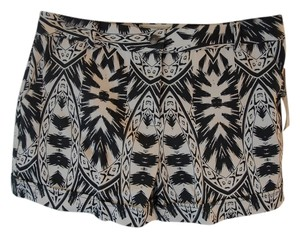 Nicole Miller Print Shorts Black and White