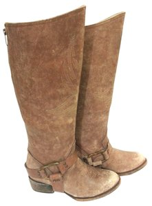 FreeBird Back Zip Leather Upper Sweeping Stitches Distressed Details Brown Distressed Boots