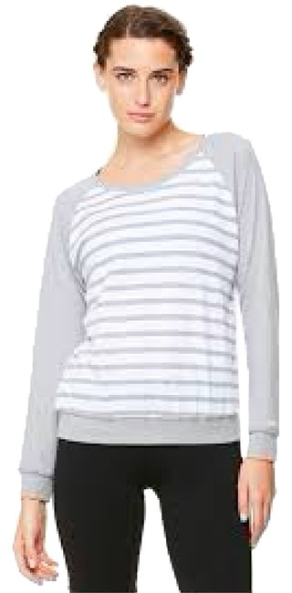 Item - Steel and White ***free Fast Shipping*** Long Sleeve Raglan Yoga Retail Small Activewear Top Size 4 (S, 27)