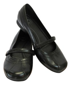 Other Size 7.50 M Very Good Condition Black Flats