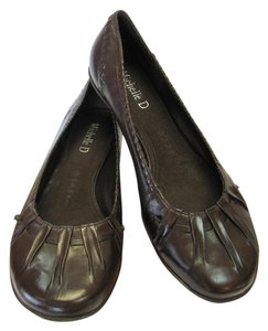 Michelle D Leather Size 7.00 M (usa) Excellent Condition Brown Flats