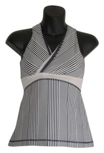 Lululemon LULULEMON DOUBLE DEEP V TANK SIZE 6 NAVY AND WHITE AMICA STRIPE