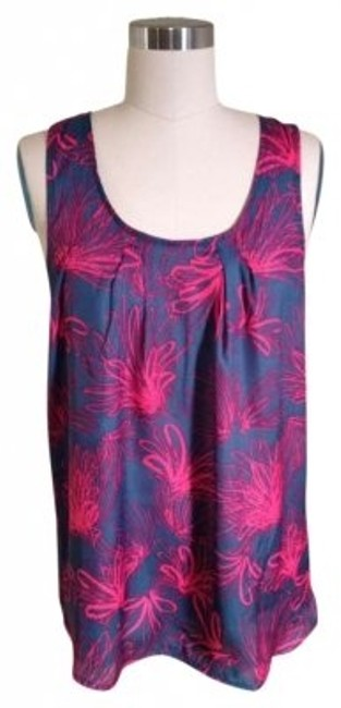 Preload https://item2.tradesy.com/images/gap-blue-sleeveless-graphic-floral-blouse-size-8-m-129146-0-0.jpg?width=400&height=650