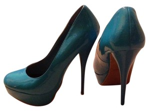 Charlotte Russe electric blue Pumps