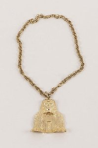 Kenneth Jay Lane Kenneth Jay Lane Gold Tone Sphinx Pendant Chain Necklace