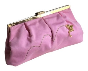 Lilly Pulitzer Chic Preppy Summer Pink with a touch of Green on the front Clutch