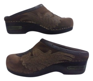 Lucky Brand Peace Wings Wooden Leather Brown Mules