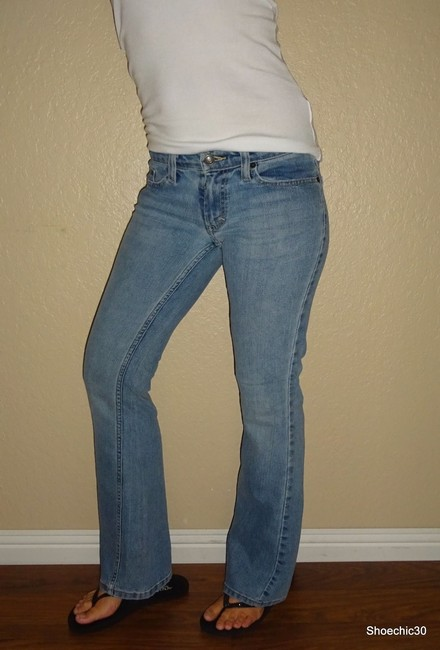 American Eagle Outfitters Shoechic30 Aeo Style Sexy Love Shopping Boot Cut Jeans-Medium Wash