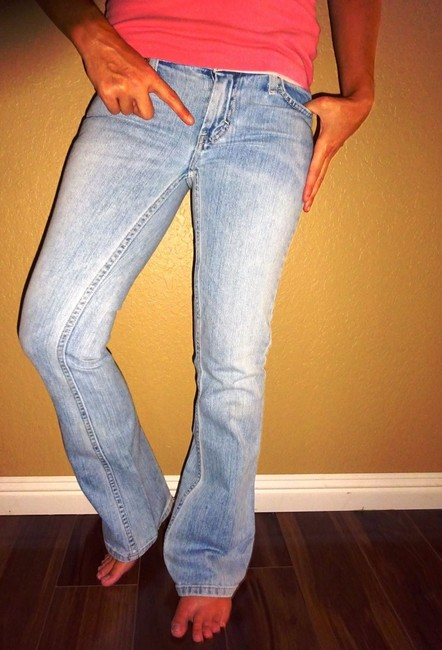 American Eagle Outfitters Aeo Style Rinse Whiskered Sexy Style Shopping Shop Love Vintage Vintage Boot Cut Jeans-Light Wash