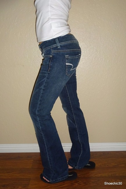 American Eagle Outfitters Aeo New Tags Sexy Style Love Date Shopping Shoechic30 Top White Boot Cut Jeans-Dark Rinse
