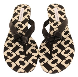Diane von Furstenberg Leather Slip On Flip Flops Black/White Flats