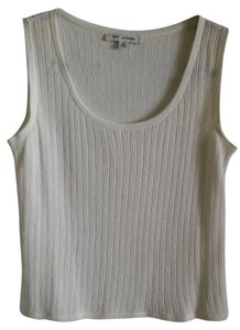St. John Shell Sleeveless Top Bright White (Ivory)