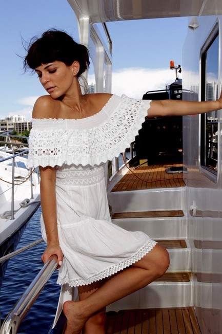 Preload https://item1.tradesy.com/images/lirome-white-organic-cotton-crochet-kawi-off-shoulders-embroidered-short-casual-dress-size-4-s-12921145-0-2.jpg?width=400&height=650