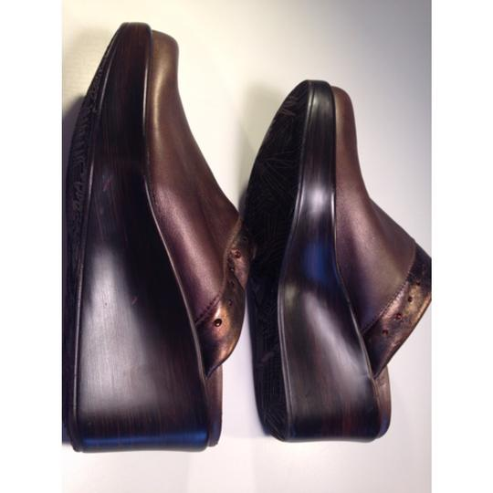 Naot Copper, Brown Wedges