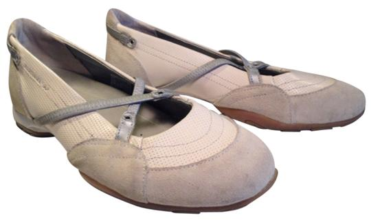 Preload https://item1.tradesy.com/images/mephisto-cream-taupe-and-silver-cute-comfortable-leather-mary-jane-athletic-flats-size-us-85-regular-12922390-0-1.jpg?width=440&height=440