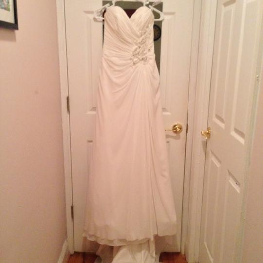 Maggie Sottero Ivory Chiffon Zabrina A3540 Formal Wedding Dress Size 8 (M)