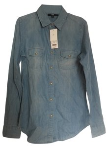 Uniqlo Chambray Shirt Button Down Shirt