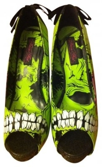 Preload https://item1.tradesy.com/images/iron-fist-green-and-black-pumps-size-us-10-129325-0-0.jpg?width=440&height=440