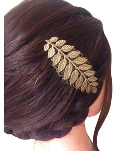 Abbie's Anchor Feather Leaf Boho Chic Hair Comb