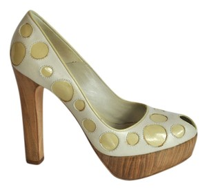 Alexander McQueen Leather Polka Dot Peep Toe Open Toe Size 35.5 Beige Pumps