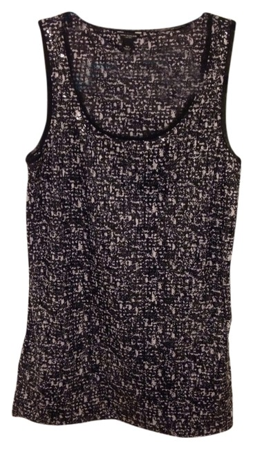 Preload https://item4.tradesy.com/images/ann-taylor-top-black-and-white-1293518-0-0.jpg?width=400&height=650