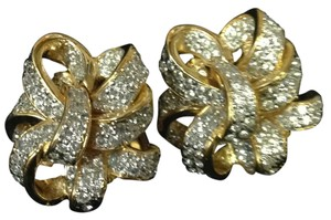 Replica Collection REPLICA COLLECTION Silver Toned Bow Style Earring Clip on Rhinestone