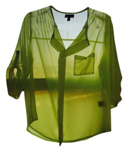 Ultra Flirt Quarter Sleeve Top lime green