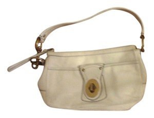 Coach Lined Inside Silk Leather Creme Clutch