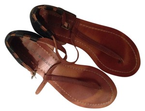 Lucky Brand Brown and Black Sandals