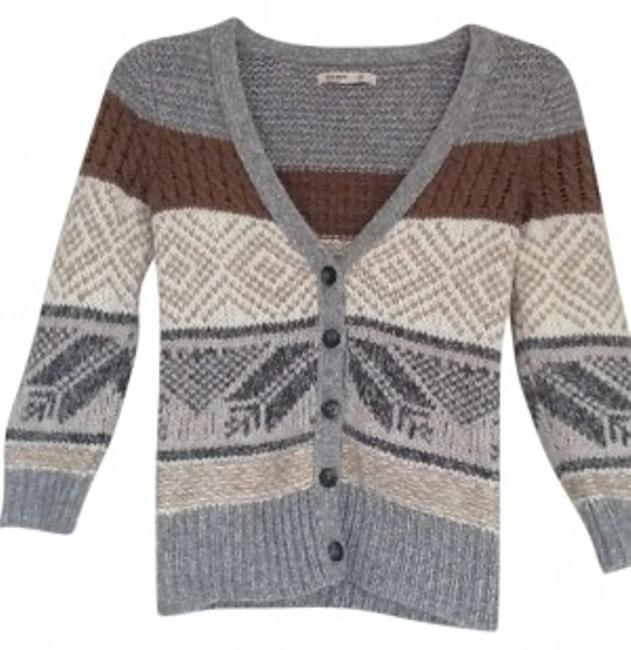 Preload https://item3.tradesy.com/images/old-navy-gray-white-and-brown-button-sweaterpullover-size-0-xs-129497-0-0.jpg?width=400&height=650