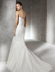 Pronovias St. Patrick Sabana Wedding Dress