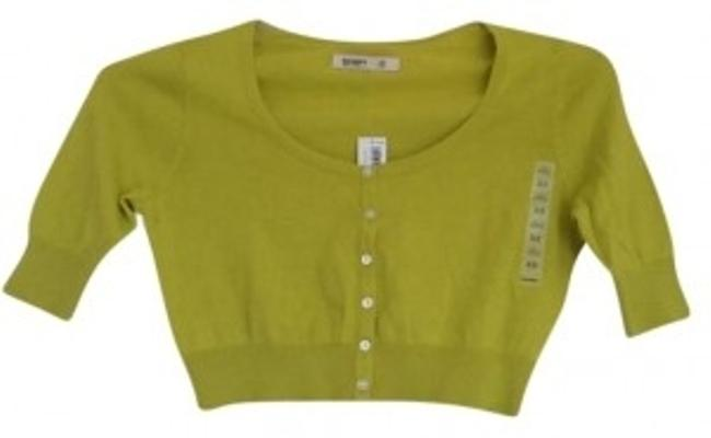 Preload https://item3.tradesy.com/images/old-navy-yellowgreen-cropped-sweaterpullover-size-0-xs-129527-0-0.jpg?width=400&height=650