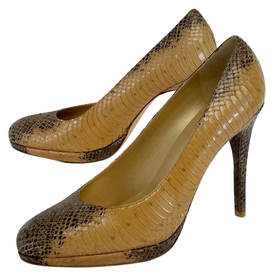 Moda In Pelle Elsti Black Snakeskin £ £ An update of our bestselling shoe Estela, this gorgeous style is crafted in a black crocodile finish, with a sophisticated gold edge knot trim and a .
