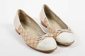 Chanel Cream Leather Cream, Tan Flats