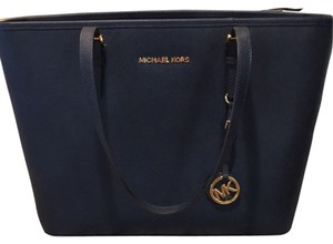 MICHAEL Michael Kors Tote in Navy Blue
