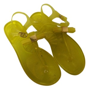 Ted Baker Gold Jelly Bow Size 7 neon yellow Sandals